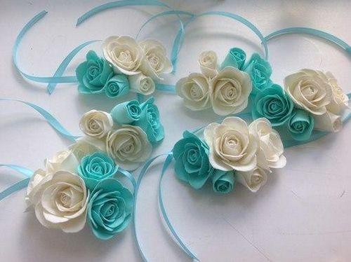 Резинки из фоамирана: для волос с цветами своими руками, мастер-класс с розами, фото и пучок, как прикрепить
